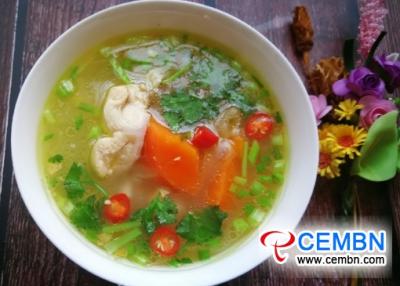 ちょうどそれを今日試してください:ニンジンと竹の菌のスープ