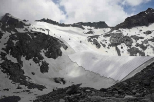 "Glacier protection TenCate Toptex® GLS in Reuters ""pics of the year"" 2020"